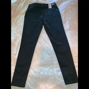 Levi's legging jeans brand new with tags